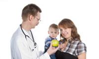 Edukacja rodziców dzieci chorych na astmę powinna być obszerniejsza niż edukacja dorosłych z astmą